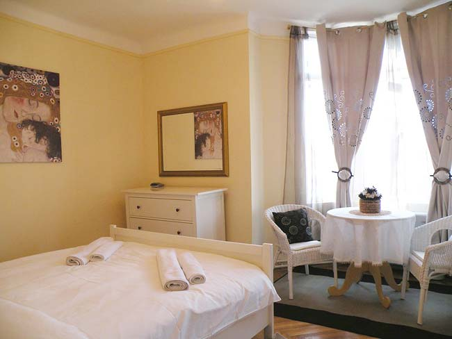 Two Bedrooms Bucharest Luxury Apartments Accommodation